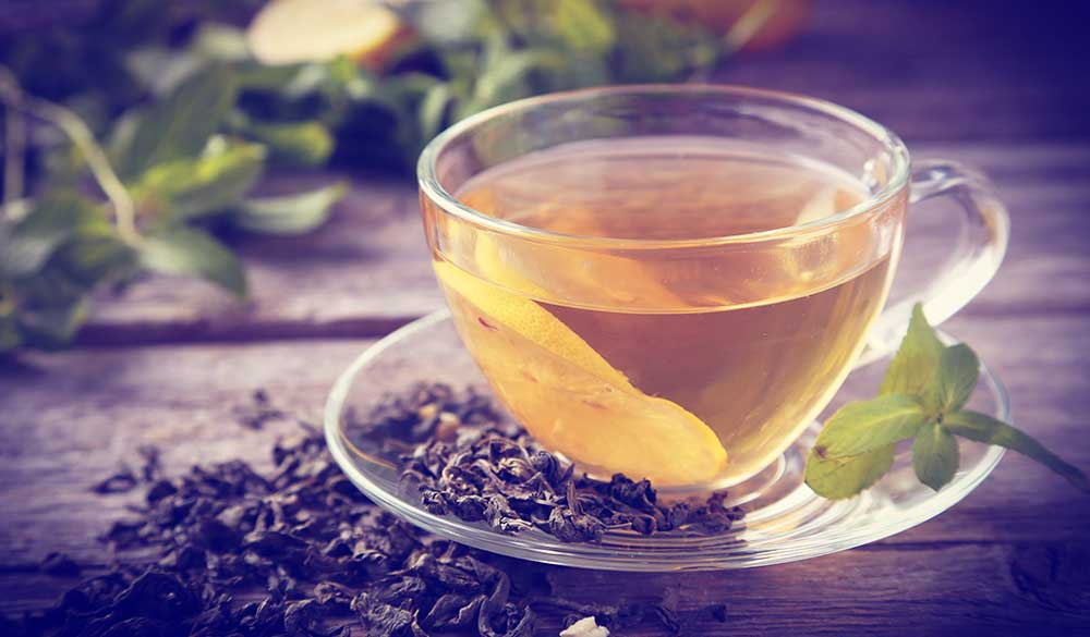 Green tea and periodontal health