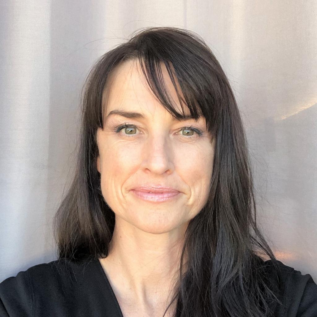 Kira Sutherland | FX Medicine