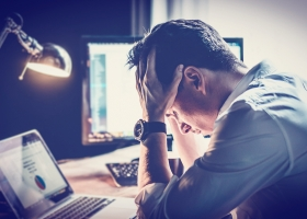 Men's Social Stress Linked to Decreased Life Expectancy