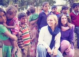 Student naturopaths in volunteering in India
